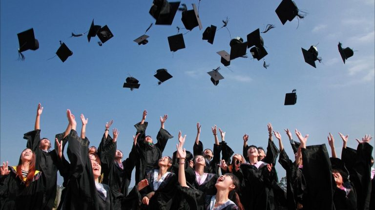 Right Career Path – For one who aspires for higher education