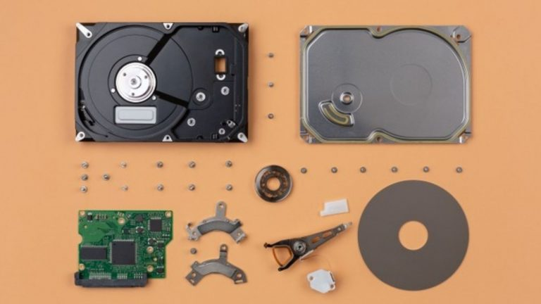 Evolution of digital storage devices: Moree's Law concept