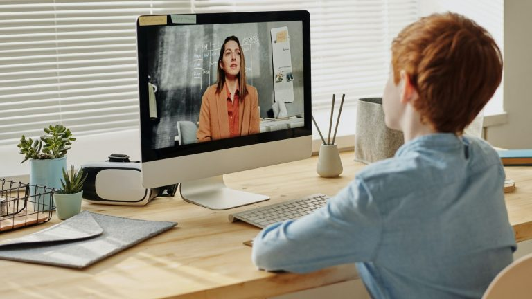 Online teaching benefits for teachers and students